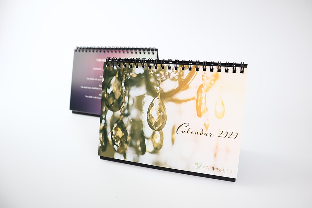 株式会社ヤブシタ/2020卓上カレンダー(女の子Ver.) - Yabushita-calendar-girl
